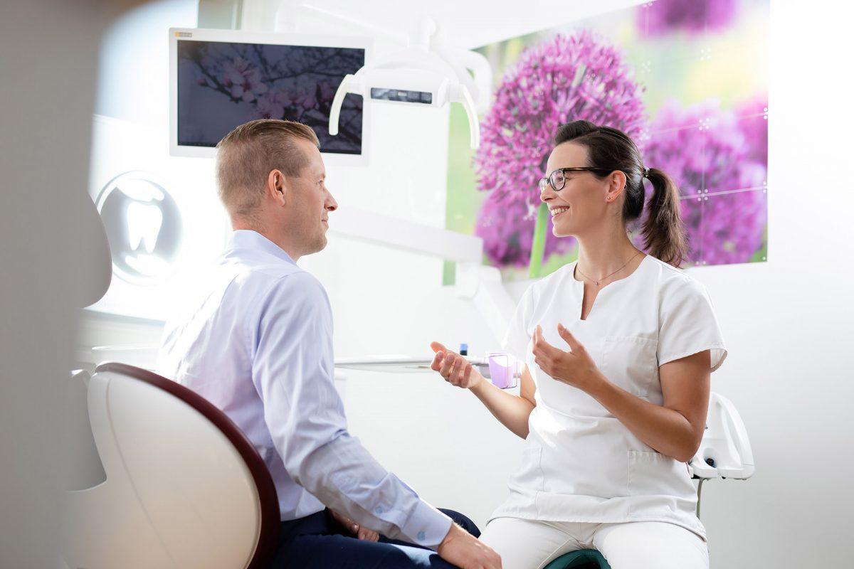 Zahnarzt Weissensee: Zahnarztpraxis am Steinberg - Zahnfürsorge für Gross und Klein in Berlin Weissensee